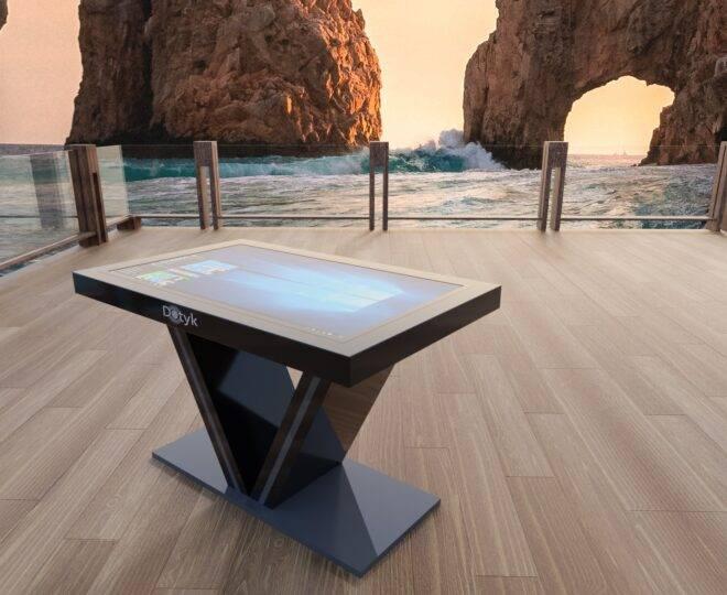 Сенсорный стол S2 в интерьере