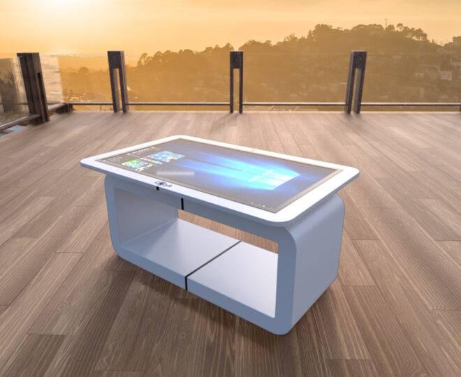 Интерьерное фото белого сенсорного стола Elpix S14